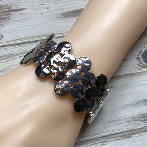 Jewelry - Hammered silver & black gunmetal stretch bracelet